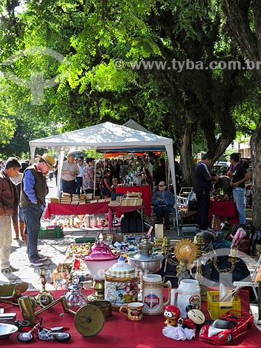 Assunto: Antiguidades à venda no Brique da Redenção / Local: Porto Alegre - Rio Grande do Sul (RS) - Brasil / Data: 04/2014