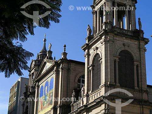 Assunto: Fachada da Catedral Metropolitana de Porto Alegre (1929) / Local: Porto Alegre - Rio Grande do Sul (RS) - Brasil / Data: 05/2014