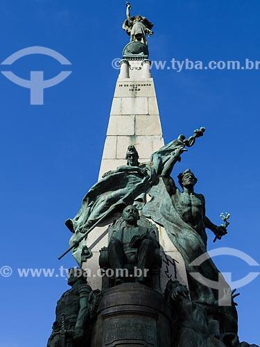 Assunto: Monumento a Júlio de Castilhos na Praça da Matriz / Local: Porto Alegre - Rio Grande do Sul (RS) - Brasil / Data: 05/2014