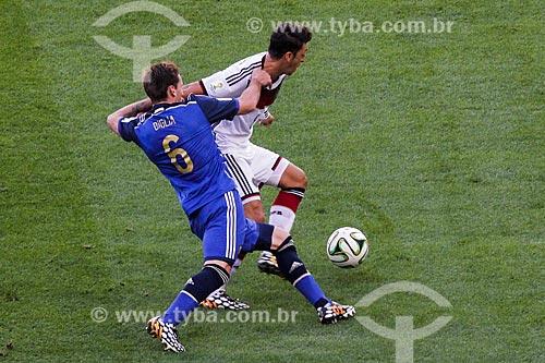 Assunto: Disputa entre Biglia e Özil durante o jogo entre Alemanha x Argentina pela final a Copa do Mundo no Brasil / Local: Maracanã - Rio de Janeiro (RJ) - Brasil / Data: 07/2014