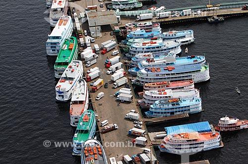 Assunto: Foto aérea do Porto da Manaus durante a cheia do Rio Negro / Local: Manaus - Amazonas (AM) - Brasil / Data: 06/2014