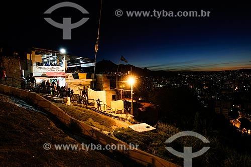 Assunto: Espaço Cultural Calça Larga à noite - Morro do Salgueiro / Local: Tijuca - Rio de Janeiro (RJ) - Brasil / Data: 07/2014