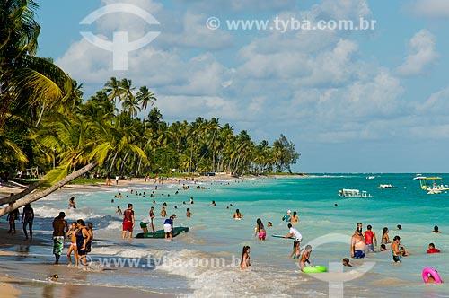 Assunto: Banhistas na Praia Ponta de Mangue / Local: Maragogi - Alagoas (AL) - Brasil / Data: 01/2014