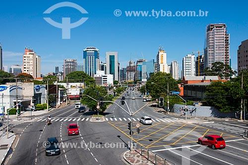Assunto: Cruzamento da Rua João Cachoeira com a Avenida Juscelino Kubitschek / Local: Itaim Bibi - São Paulo (SP) - Brasil / Data: 03/2014