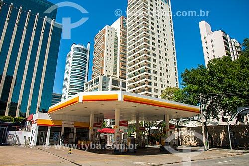 Assunto: Posto de gasolina no cruzamento da Rua Lopes Neto com a Avenida Horácio Lafer / Local: Itaim Bibi - São Paulo (SP) - Brasil / Data: 03/2014
