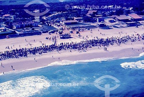 Vista aérea de campeonato de surf na Praia de Itauna  - Saquarema - Rio de Janeiro (RJ) - Brasil