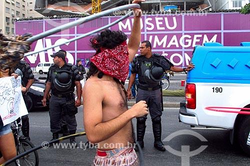 Marcha das Vadias na orla da Praia de Copacabana  - Rio de Janeiro - Rio de Janeiro (RJ) - Brasil