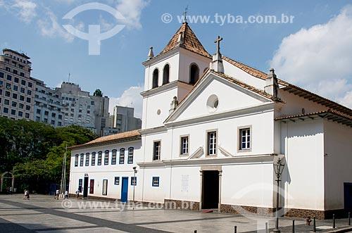 Pátio do Colégio com Museu Padre Anchieta ao lado - local da fundação da cidade e construído em 1554  - São Paulo - São Paulo (SP) - Brasil