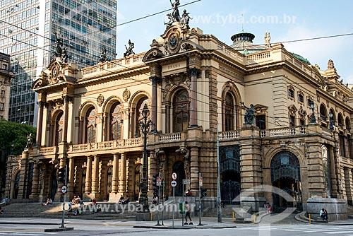 Vista do Teatro Municipal inaugurado em 1911   - São Paulo - São Paulo (SP) - Brasil