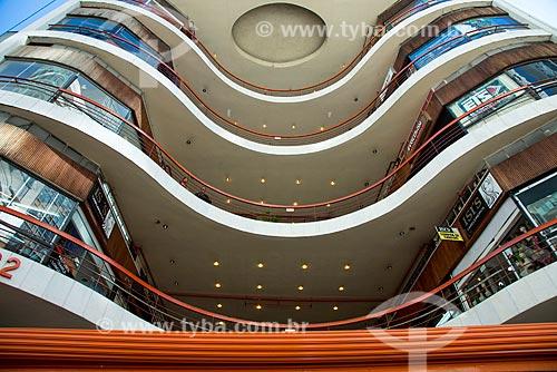 Galeria do Rock - inaugurada em 1963 com o nome de Shopping Center Grandes Galerias  - São Paulo - São Paulo (SP) - Brasil