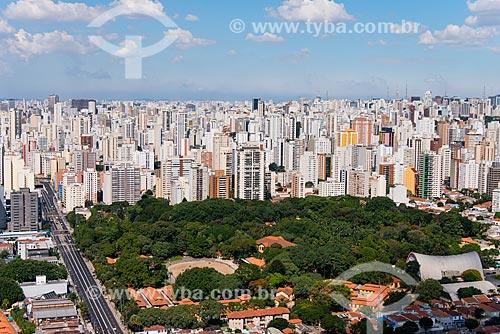 Vista aérea do bairro Água Branca com o Parque Fernando Costa na frente com a Avenida Francisco Matarazzo à esquerda  - São Paulo - São Paulo (SP) - Brasil