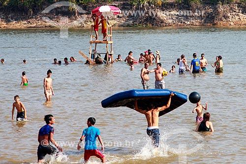 Salva vidas na praia fluvial do Rio Guaporé durante o Festival de Praia  - Pimenteiras do Oeste - Rondônia (RO) - Brasil