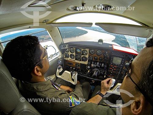 Avião do Corpo de Bombeiros sobrevoando Porto Velho  - Porto Velho - Rondônia (RO) - Brasil