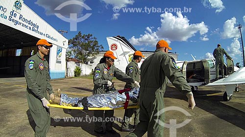 Treinamento dos bombeiros de Porto Velho - simulação de transporte de ferido  - Porto Velho - Rondônia (RO) - Brasil