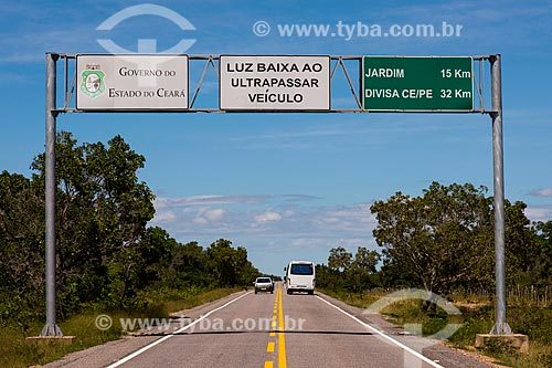Ultrapassagem proibida na Rodovia CE-060  - Barbalha - Ceará (CE) - Brasil