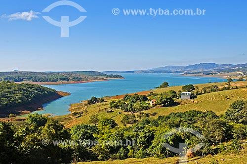 Vista da Represa de Furnas próximo ao distrito de Santo Hilário  - Pimenta - Minas Gerais (MG) - Brasil