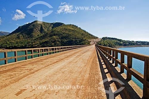 Ponte Santo Hilário sobre o Rio Grande  - Pimenta - Minas Gerais (MG) - Brasil