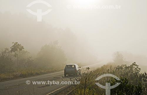 Neblina na Rodovia BR-494 entre as cidades de São Vicente de Minas e Andrelândia  - Madre de Deus de Minas - Minas Gerais (MG) - Brasil