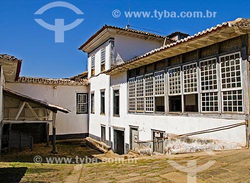 Parte da fachada da Fazenda Santa Clara - considerada uma das maiores fazenda do século XIX  - Santa Rita de Jacutinga - Minas Gerais (MG) - Brasil