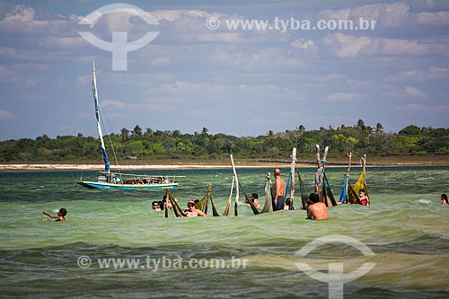 Banhistas na Lagoa Paraíso  - Jijoca de Jericoacoara - Ceará (CE) - Brasil