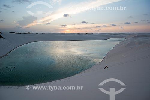Pôr do sol na Lagoa da Preguiça no Parque Nacional dos Lençóis Maranhenses  - Barreirinhas - Maranhão (MA) - Brasil