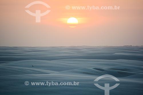 Pôr do sol no Parque Nacional dos Lençóis Maranhenses  - Barreirinhas - Maranhão (MA) - Brasil