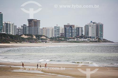Orla da Praia do Calhau com prédios ao fundo  - São Luís - Maranhão (MA) - Brasil