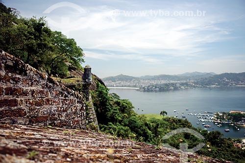Vista da Baía de Guanabara a partir do Forte de São Luís (1770) - também conhecido como Forte do Morro do Pico  - Niterói - Rio de Janeiro (RJ) - Brasil