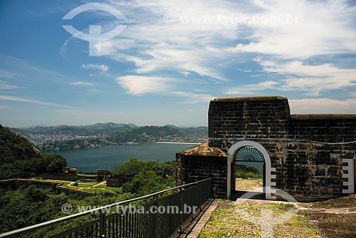 Vista de Niterói a partir do Forte de São Luís (1770) - também conhecido como Forte do Morro do Pico  - Niterói - Rio de Janeiro (RJ) - Brasil
