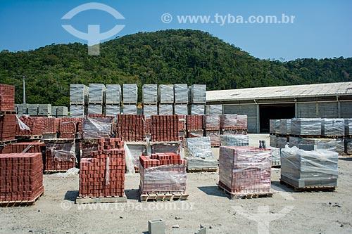 Fábrica de blocos de concreto no Pólo Industrial de Sampaio Corrêa  - Saquarema - Rio de Janeiro (RJ) - Brasil