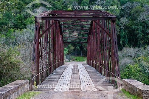 Ponte Passo do Inferno na Reserva Ecológica do Parque da Cachoeira  - Canela - Rio Grande do Sul (RS) - Brasil