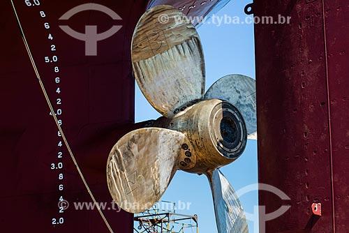 Detalhe da hélice do Navio Maísa no Estaleiro Tandanor  - Buenos Aires - Província de Buenos Aires - Argentina