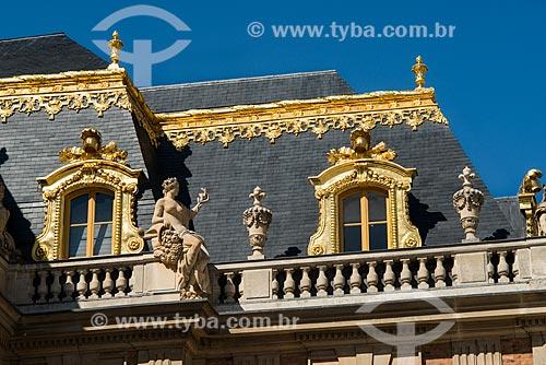 Detalhe do Château de Versailles (Palácio de Versalhes) - residência oficial da monarquia da Francesa entre os anos de 1682 a 1789  - Versalhes - Yvelines - França