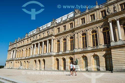 Fachada do Château de Versailles (Palácio de Versalhes) - residência oficial da monarquia da Francesa entre os anos de 1682 a 1789  - Versalhes - Yvelines - França