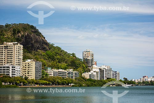 Vista da Lagoa Rodrigo de Freitas com o Morro do Sacopã - Parque Natural Municipal da Catacumba  - Rio de Janeiro - Rio de Janeiro (RJ) - Brasil