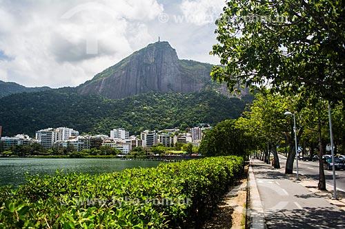 Vista da Lagoa Rodrigo de Freitas com o Cristo Redentor (1931) ao fundo  - Rio de Janeiro - Rio de Janeiro (RJ) - Brasil