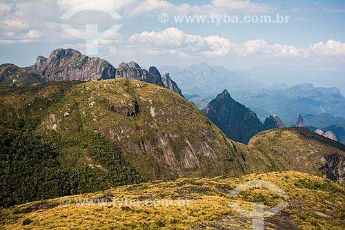 Trilha do Morro do Marco para o mirante conhecido como Portais de Hércules no Parque Nacional da Serra dos Órgãos  - Petrópolis - Rio de Janeiro (RJ) - Brasil