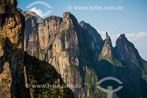 Vista do Pico do Garrafão e da Agulha do Diabo a partir do mirante conhecido como Portais de Hércules  - Petrópolis - Rio de Janeiro (RJ) - Brasil