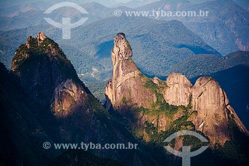 Vista do picos Cabeça de Peixe e Dedo de Deus a partir do mirante conhecido como Portais de Hércules  - Petrópolis - Rio de Janeiro (RJ) - Brasil