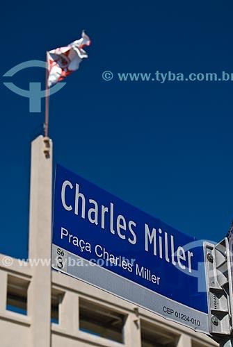 Placa na Praça Charles Miller - próximo ao Estádio Municipal Paulo Machado de Carvalho - também conhecido como Estádio do Pacaembú  - São Paulo - São Paulo (SP) - Brasil