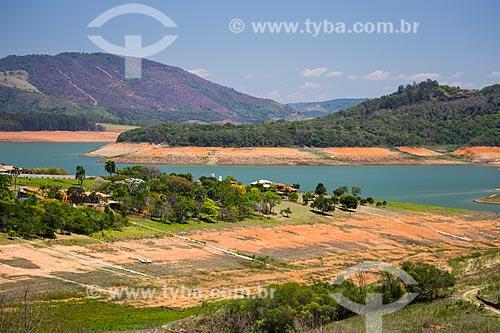 Margens da Represa Jaguari durante a crise de abastecimento no Sistema Cantareira  - Bragança Paulista - São Paulo (SP) - Brasil