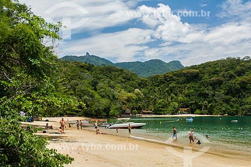 Banhistas na Praia do Abraãozinho  - Angra dos Reis - Rio de Janeiro (RJ) - Brasil