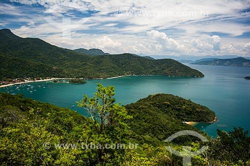 Vista da Enseada do Abraão a partir da trilha para a Enseada de Palmas  - Angra dos Reis - Rio de Janeiro (RJ) - Brasil