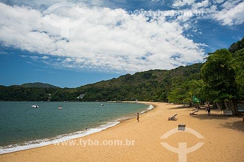 Banhista na Praia Grande de Palmas  - Angra dos Reis - Rio de Janeiro (RJ) - Brasil