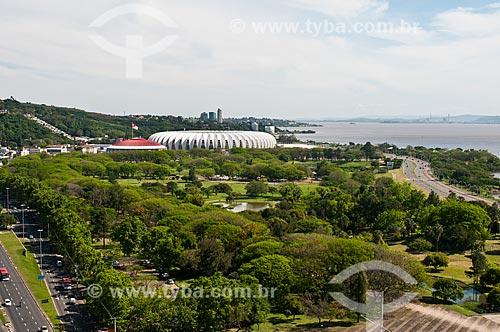 Vista geral do Parque Marinha do Brasil com o Estádio José Pinheiro Borda - Beira Rio - ao fundo  - Porto Alegre - Rio Grande do Sul (RS) - Brasil