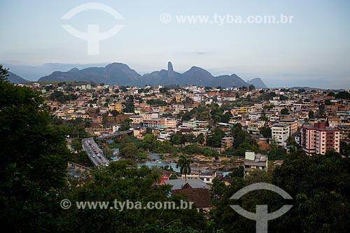 Vista geral da cidade de Cachoeiro de Itapemirim com o Pico do Itabira ao fundo  - Cachoeiro de Itapemirim - Espírito Santo (ES) - Brasil