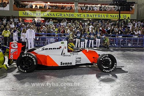 Réplica do carro de fórmula 1 de Ayrton Senna durante o desfile do Grêmio Recreativo Escola de Samba Unidos da Tijuca - Enredo 2014 - Acelera, Tijuca!  - Rio de Janeiro - Rio de Janeiro (RJ) - Brasil