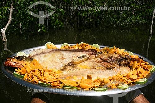 Peixe assado com tucumã  - Manaus - Amazonas (AM) - Brasil