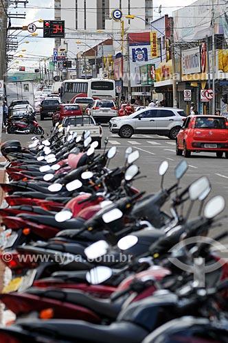 Motocicletas estacionadas na Avenida Goiás  - Jataí - Goiás (GO) - Brasil