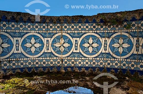 Detalhe de azulejos no Quiosque das Lendas no Mirante da Granja Guarani  - Teresópolis - Rio de Janeiro (RJ) - Brasil